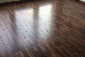 Sàn gỗ Chiu Liu là gỗ gì? Giá gỗ Chiu Liu lót sàn bao nhiêu tiền 1m2?
