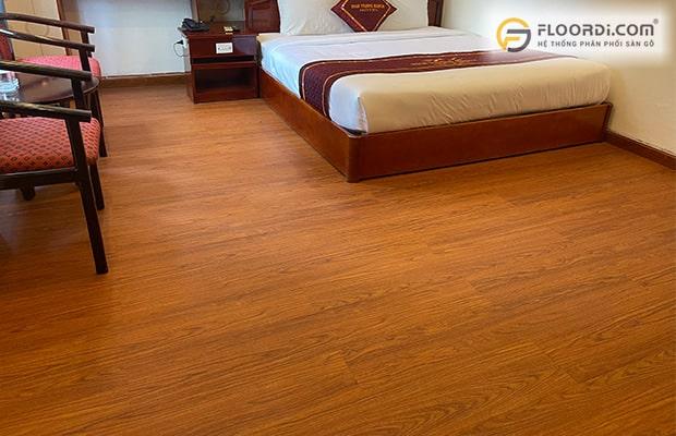 Nên chọn sàn gỗ vân sần hay vân bóng cho công trình nhà ở