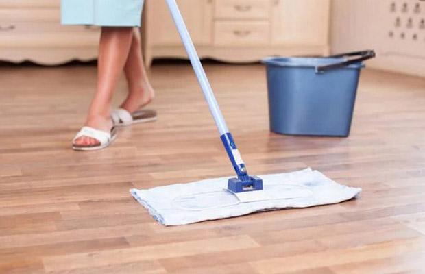 Nước lau sàn giúp vệ sinh nhà cửa