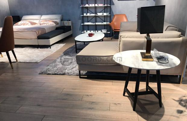 sàn gỗ dễ dàng kết hợp với đồ nội thất