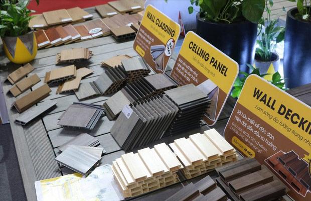 Sàn gỗ ngoài trời trưng bày tại vietbuild