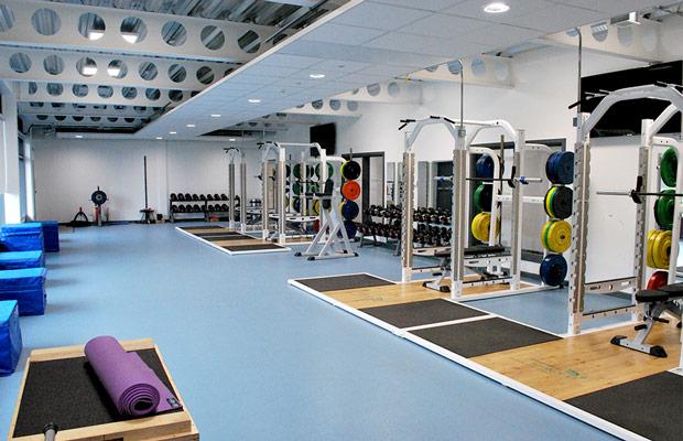 Sàn nhựa lót phòng tập Gym đem đến sự bền bỉ