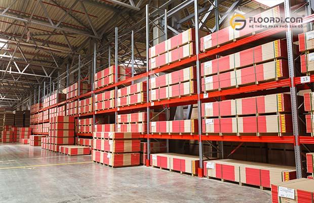 So sánh giá sàn gỗ nhập khẩu