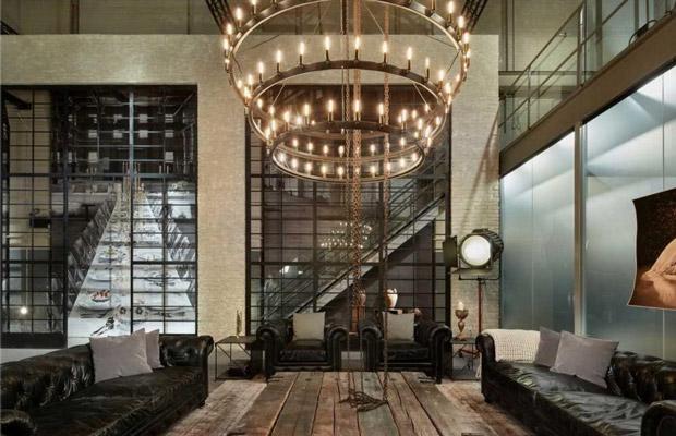 sử dụng đèn có ánh sáng vàng cho Neo-Classical Interior style