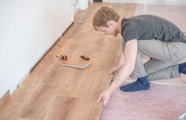 Thi công ván sàn gỗ tự nhiên phức tạp