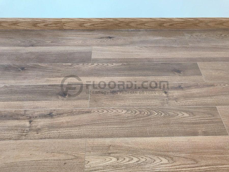 Thi cồng sàn gỗ Lamton D3035