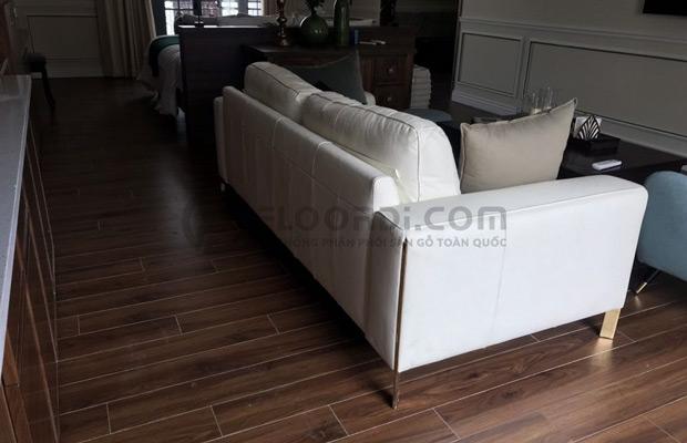 Không gian lắp sàn tại phòng khách