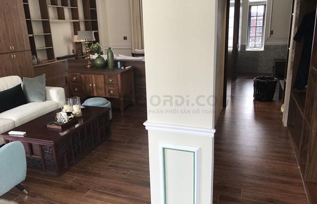 Lắp đặt sàn gỗ căn hộ Anh Dũng