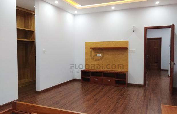 Lắp đặt sàn gỗ tại nhà Anh Lạng