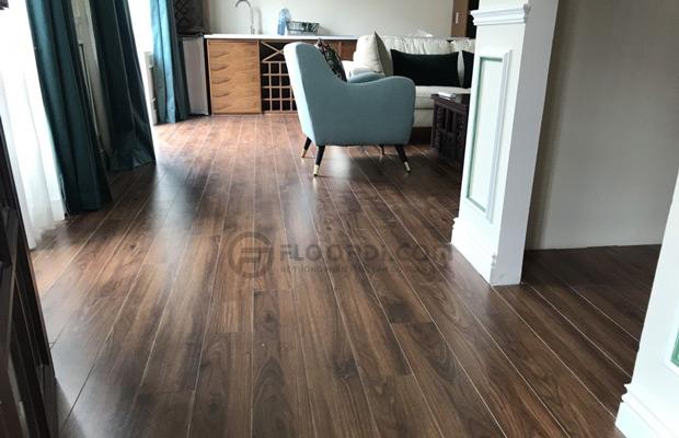Thi công hoàn thiện sàn gỗ