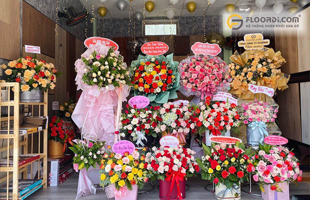 Hoa mừng khai trương cửa hàng sàn gỗ huế